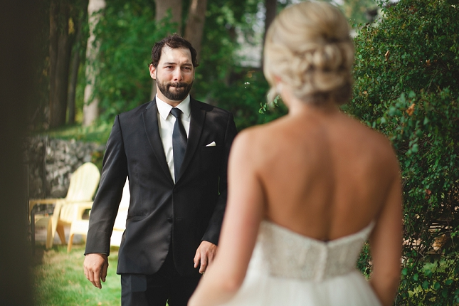 kingston wedding photographer - emily and mitchell first look