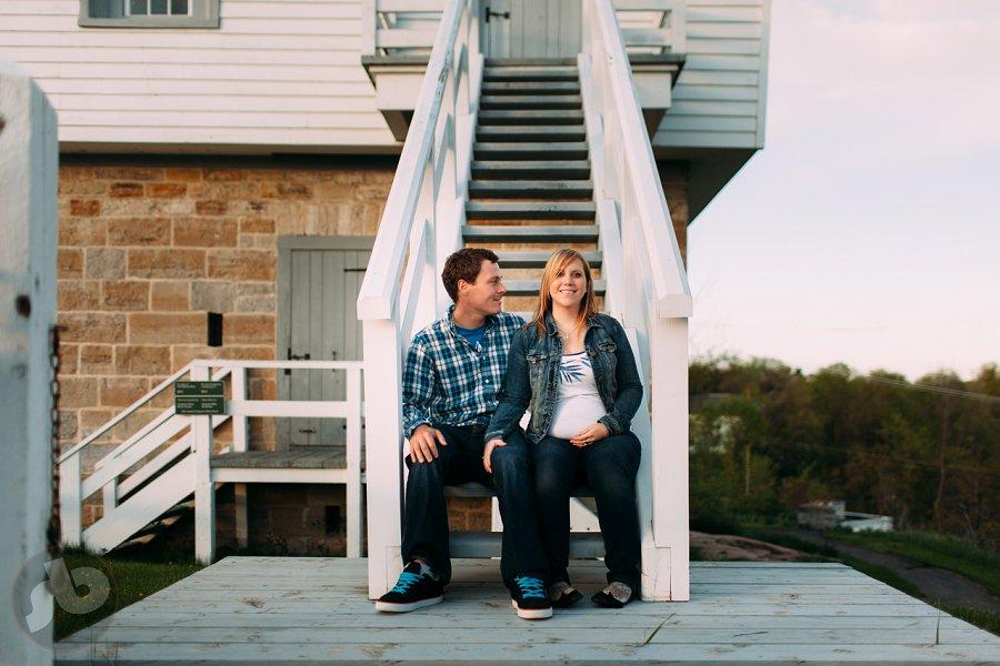 liza and jesse kingston maternity photography