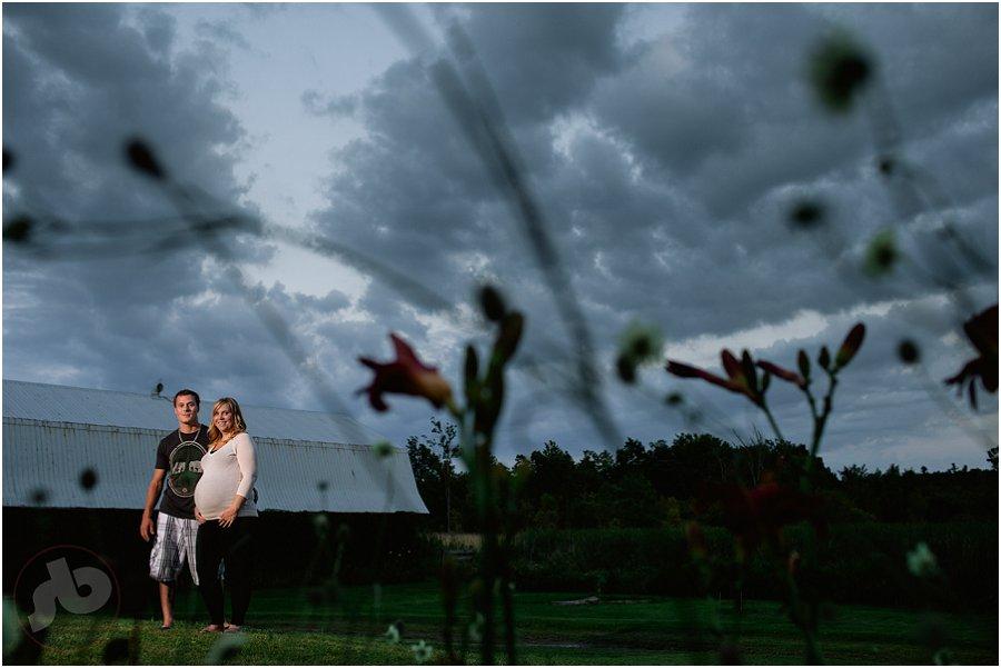 Kingston Maternity Photography - Liza and Jesse