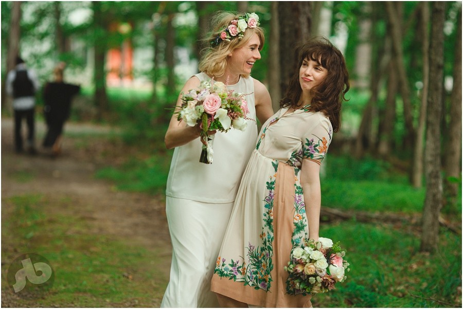 Kingston Wedding Photographer - Cottage Wedding - Penny and Jarrett