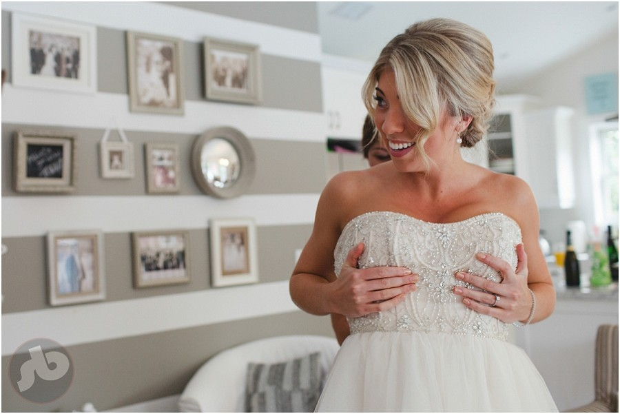 Kingston Wedding Photographer - Emily and Mitchell