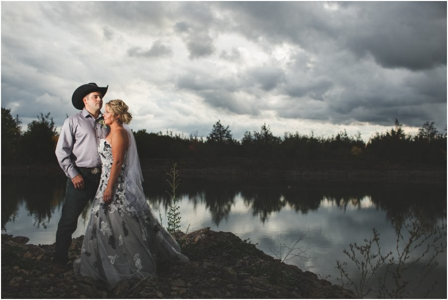 farm wedding in napanee, wedding photography, napanee wedding photographer, wedding photography napanee, wedding photographer napanee