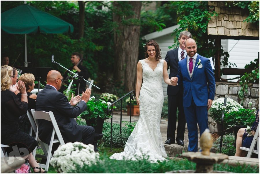 kingston wedding photographer - backyard wedding