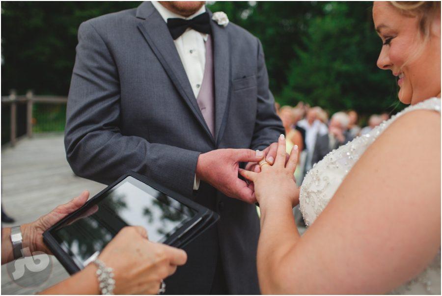 kingston wedding photographer - glen lawrence golf club wedding