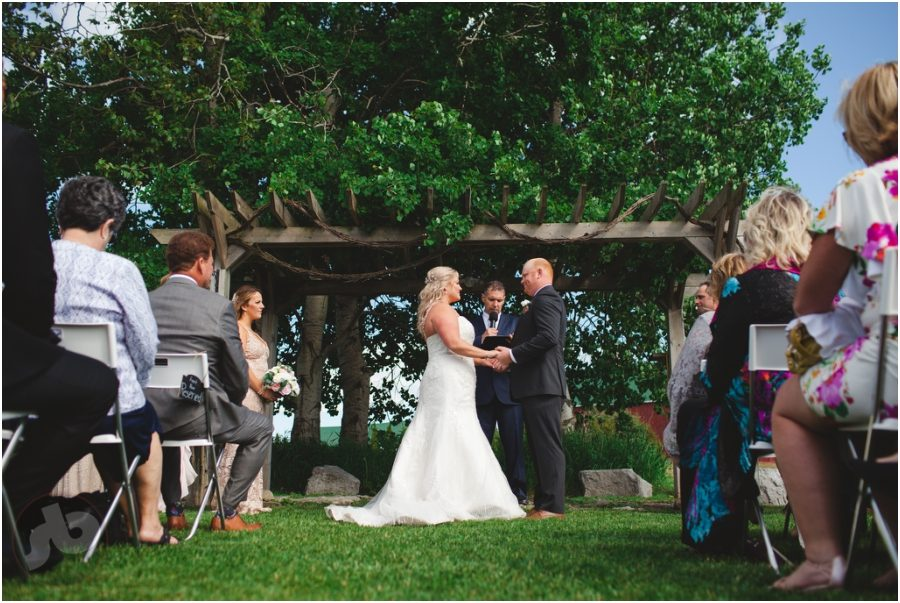 prince edward county wedding photographer fields on west lake wedding