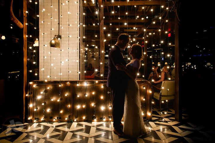 a sneak peek from Clare and Justin's Drake One Fifty wedding this morning...